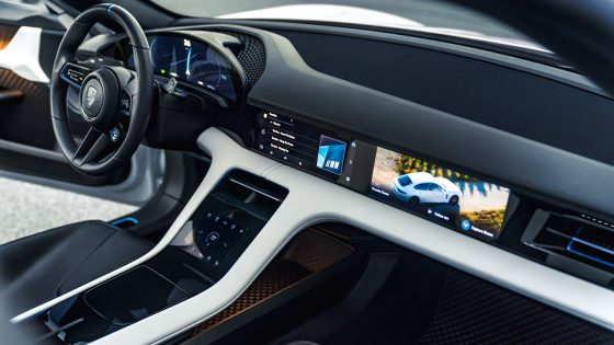 Porsche Mission E Cross Turismo Dashboard