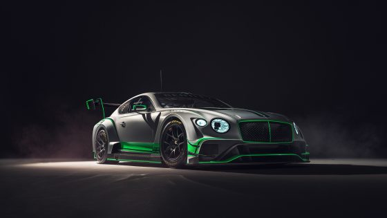 Bentley Continental GT3 Front Side