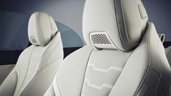 BMW 8 Series Air Cushion