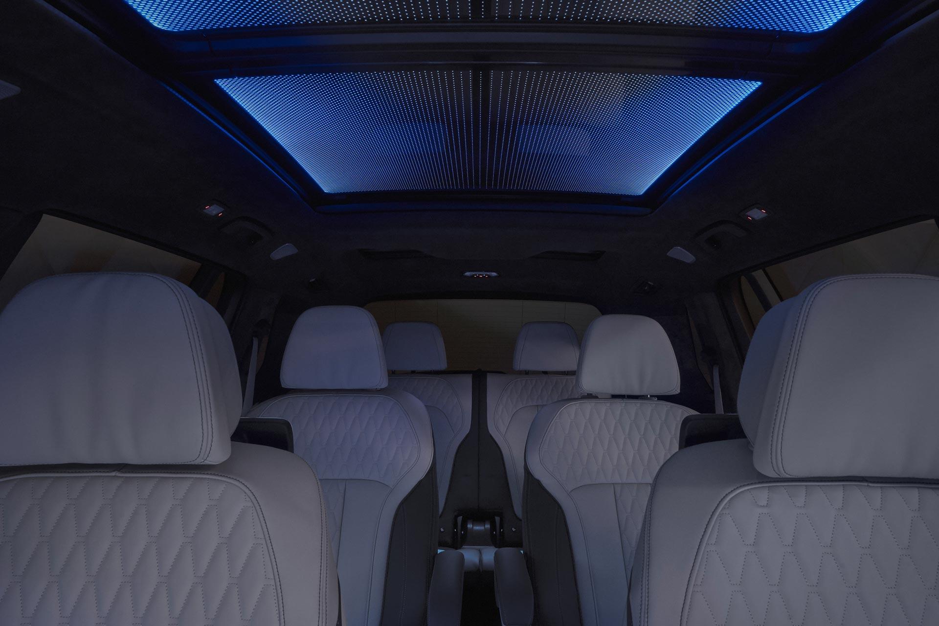 BMW X7 Sky Lounge