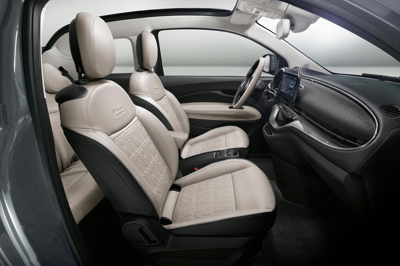 New Fiat 500 electric La Prima front seats