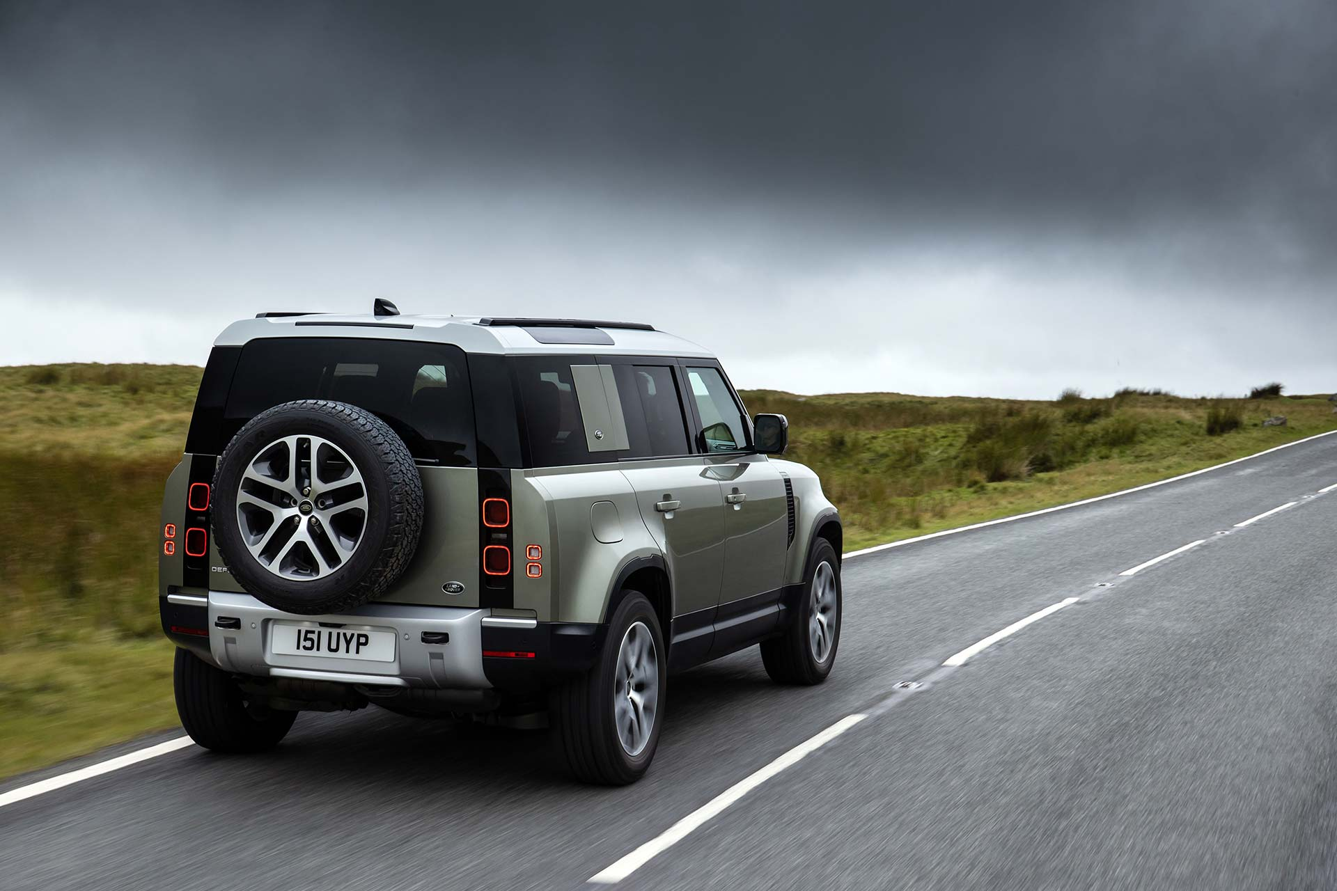 New Land Rover Defender plug-in hybrid driven